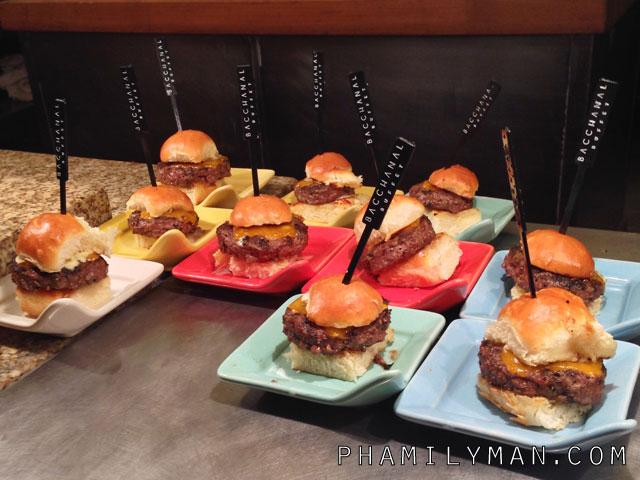 bacchanal-buffet-caesars-palace-las-vegas-wagyu-sliders
