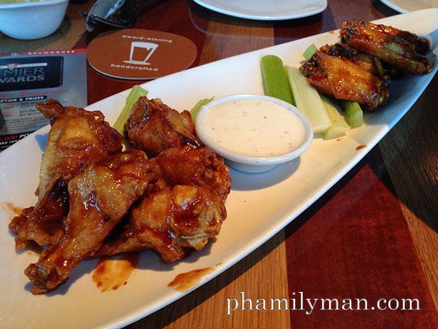 bjs-grill-anaheim-chicken-wings