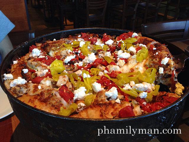 bjs-grill-anaheim-mediterranean-pizza