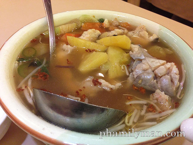 newport-seafood-restaurant-rowland-heights-catfish-hot-sour-soup
