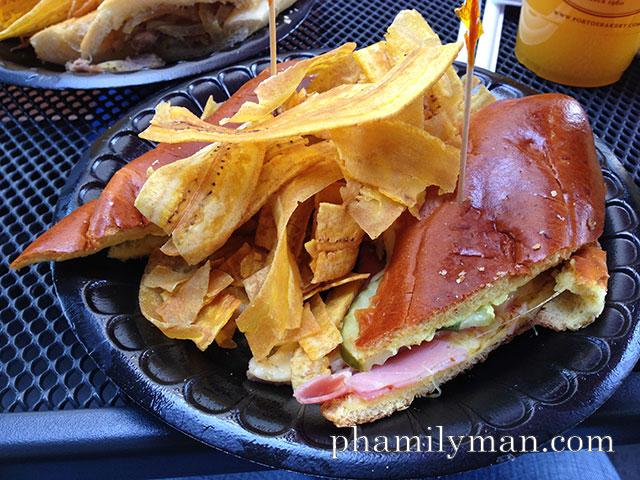 portos-bakery-cafe-downey-medianoche