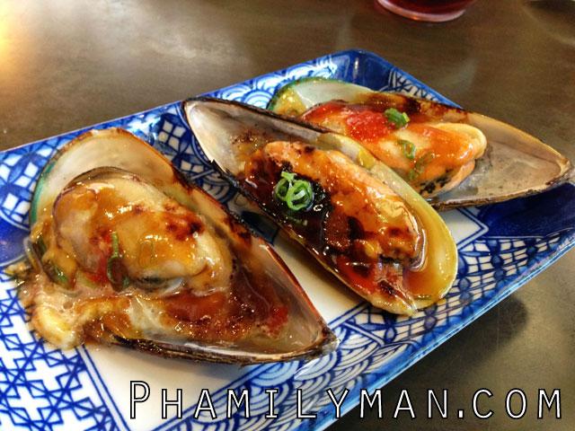 sake-2-me-sushi-tustin-baked-mussels