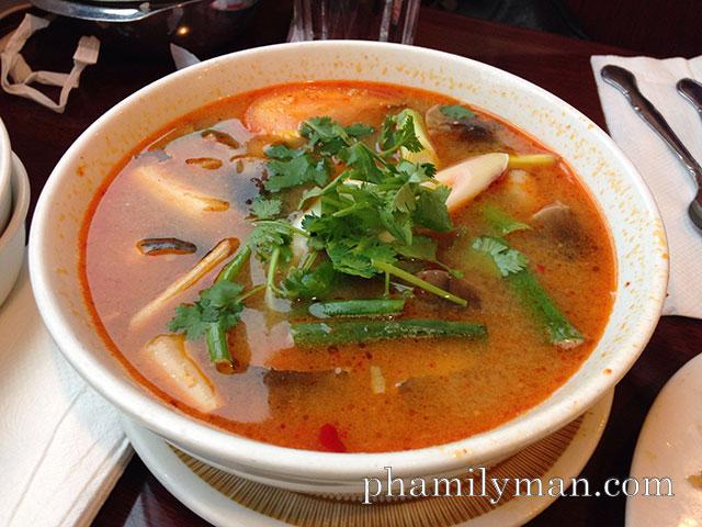 thai-nakorn-garden-grove-tom-yum-hot-sour-soup